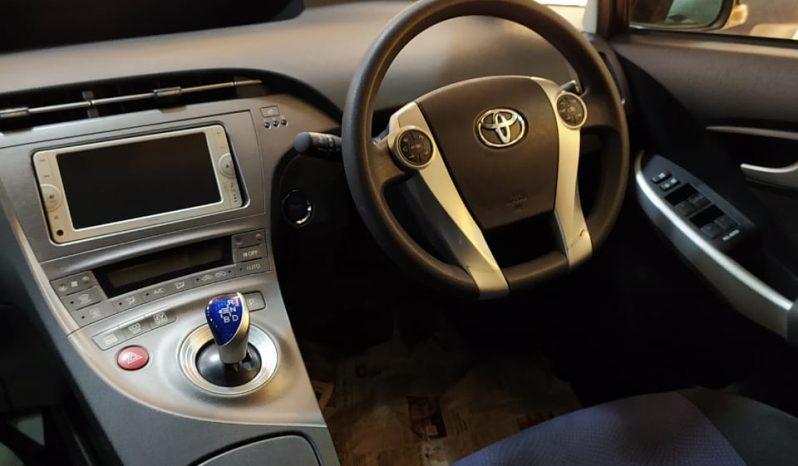 Toyota Prius-S Hybrid full